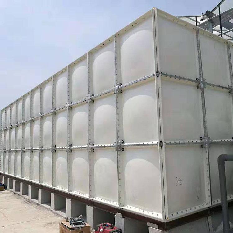 304不锈钢水箱厂家 定制不锈钢水箱 容量大 密闭性好