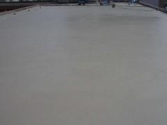 传统的沥青混凝土面层
