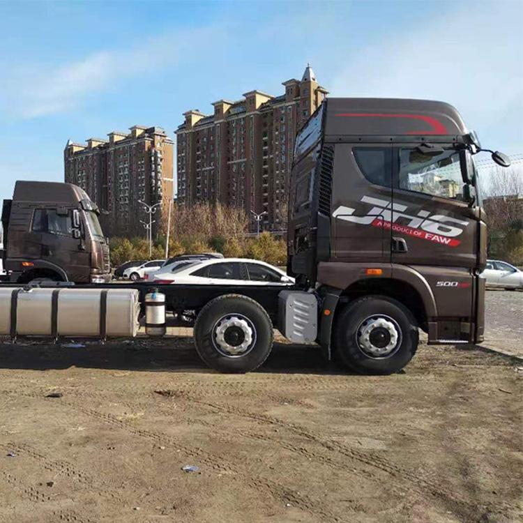 JH6500马力载货车仓栅畜禽冷藏厢式运输车一汽青岛解放厂家