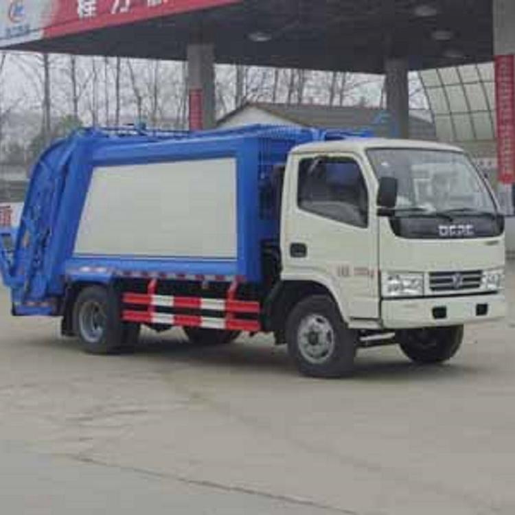 1.8吨CLW5070ZYSD5型压缩式垃圾车
